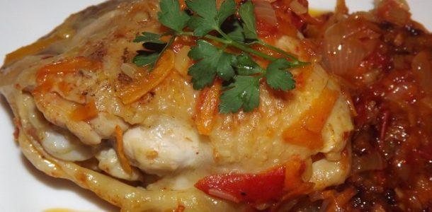 Куриные бедра жареные на сковороде, рецепт с фото