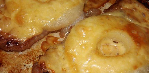 Свинина с ананасами в духовке, рецепт с фото пошагово