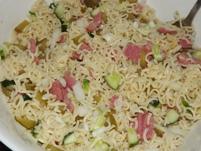 Салат с роллтоном рецепт пошагово